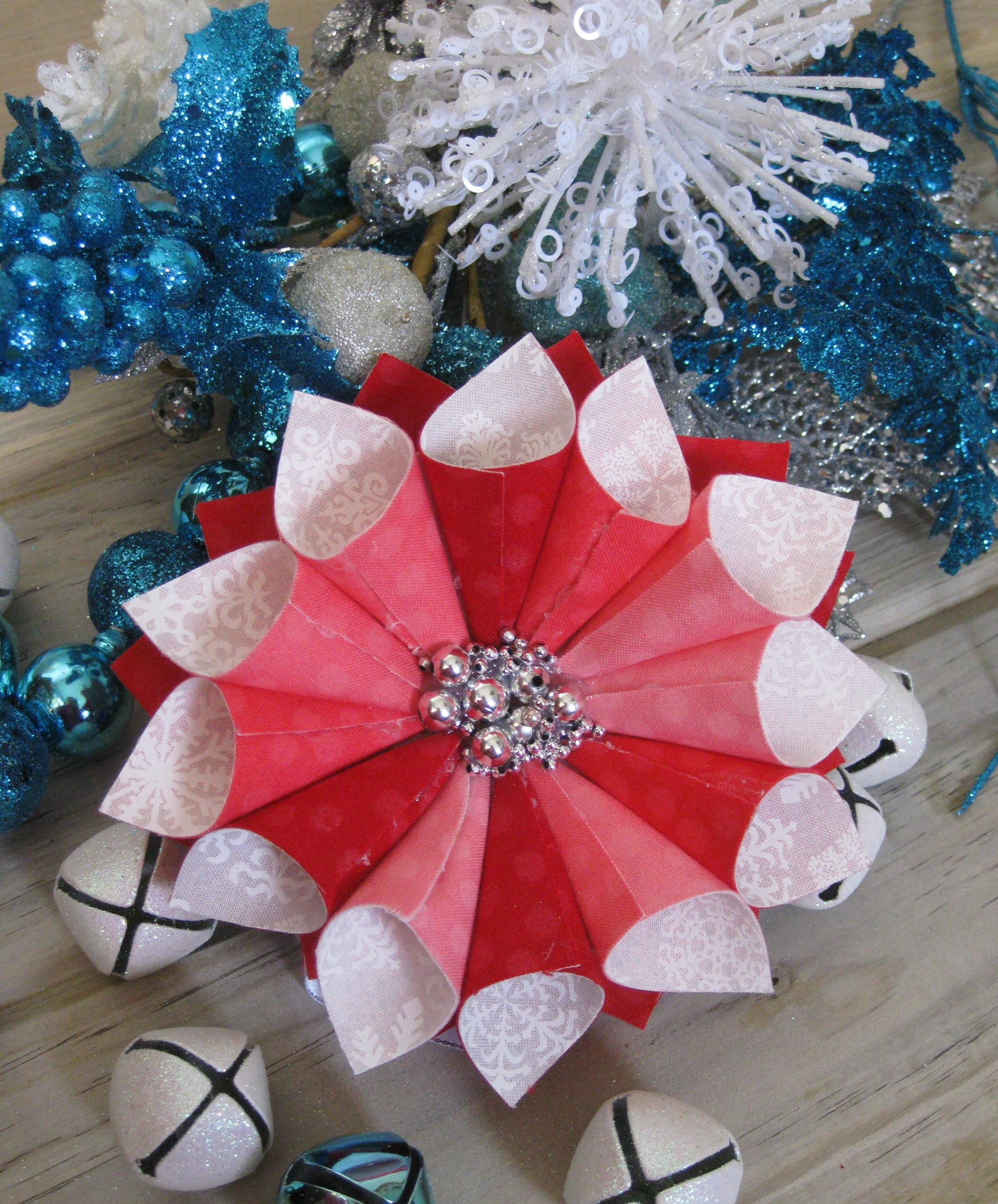 Flower ornament 0001