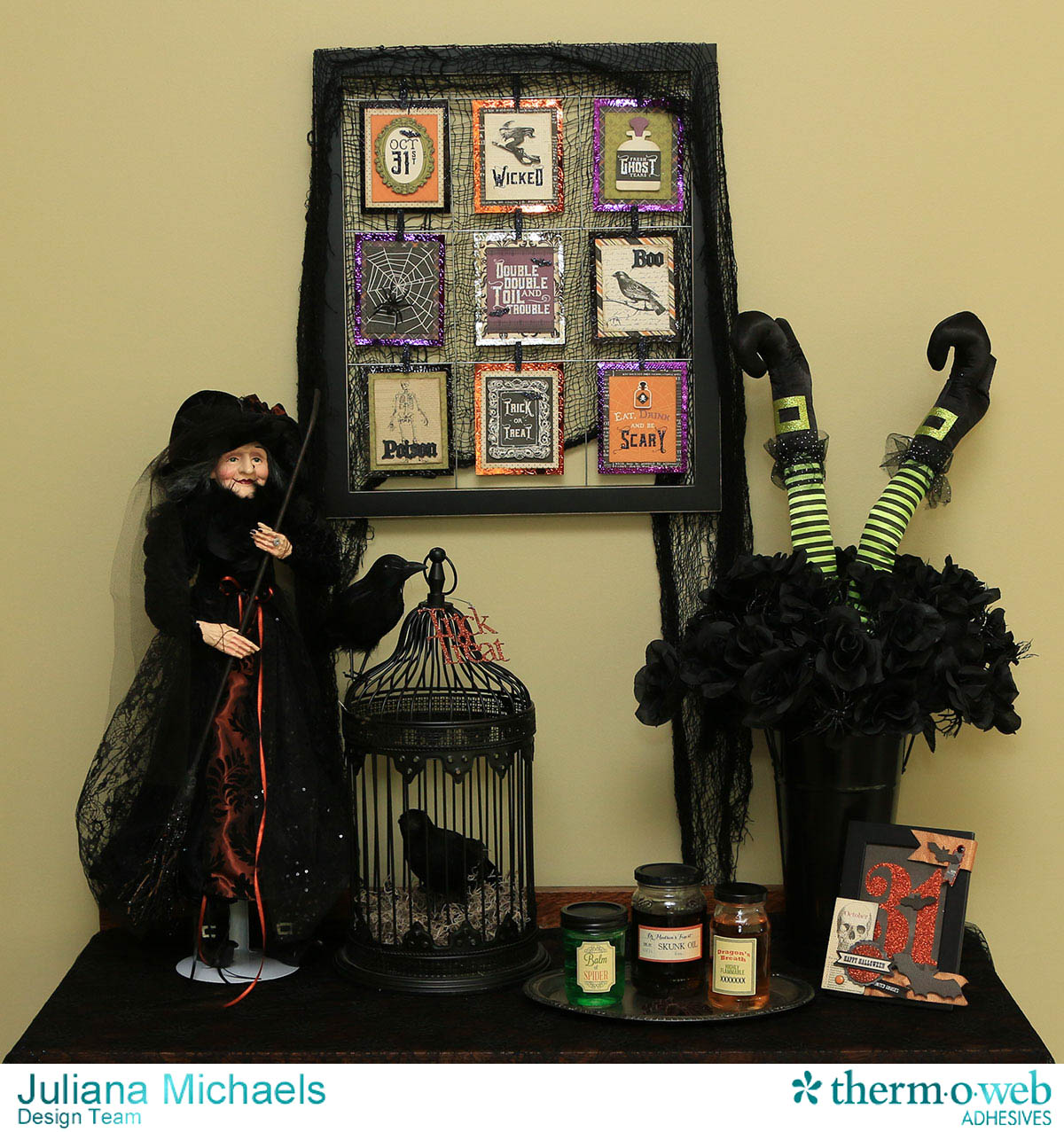 Halloween Clip Frame with 3×4 Cards featuring Therm_O_Web Decofoil and Adhesives by Juliana Michaels
