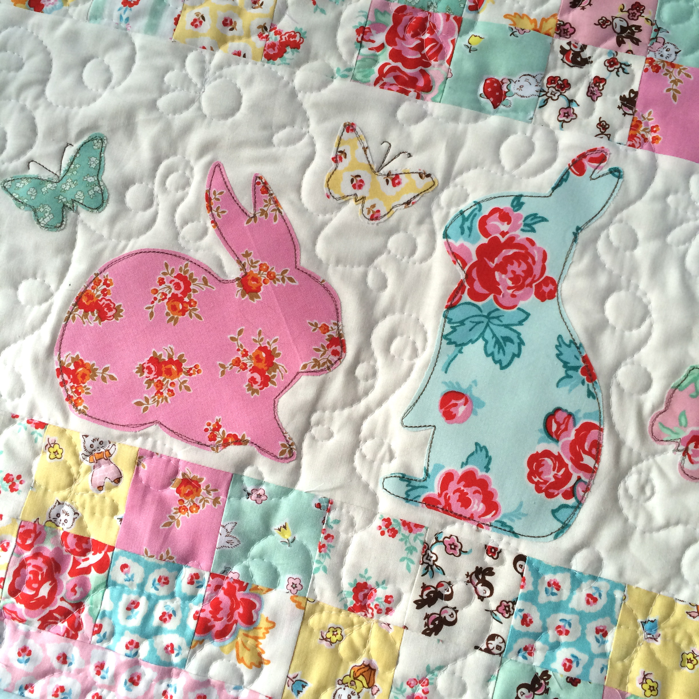 bunny applique pillow and quilt 12
